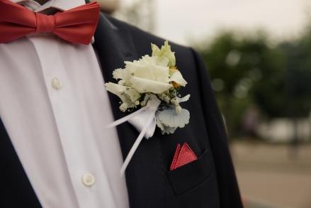Blumen-Heiraten-auf-Usedom-brautsrauß-rosen-und-dornen-florist-zinnowitz-blumenladen- anstecker-weiß